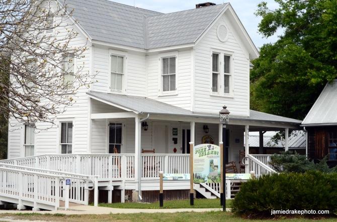 Sam's House @ Pine Island